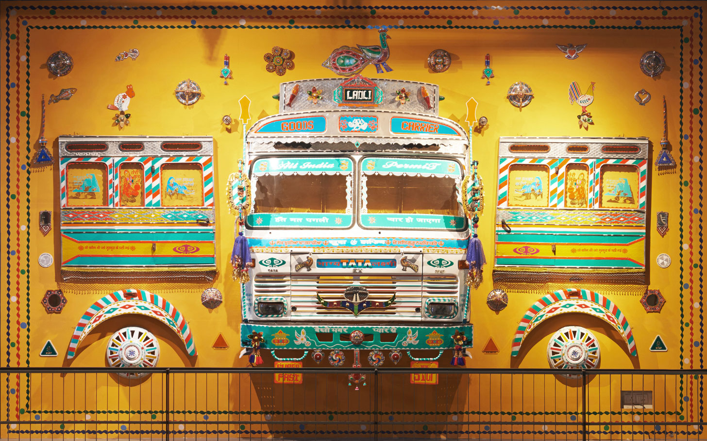 Truck-Art-Installation_1